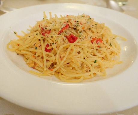 landmark-crab-and-spaghetti