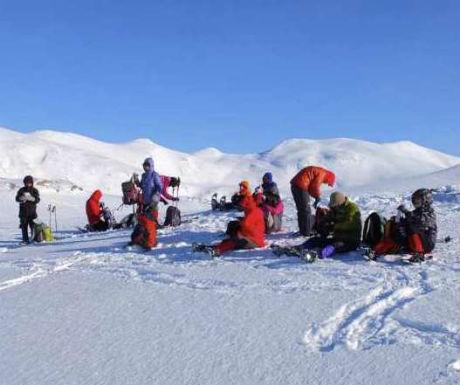 senja-a-snowshoe-hike