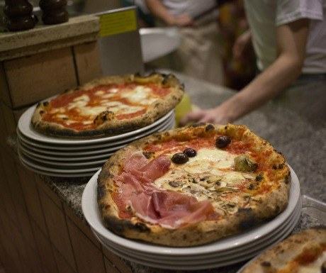 best-pizza-in-rome-gatta-mangiona