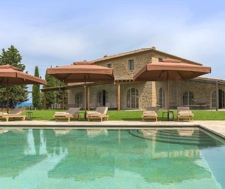 villa-siena-tuscany-italy-oddi