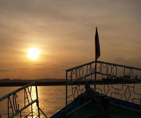 cruising-on-the-irrawaddy