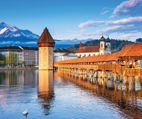 switzerland_shutterstock_chapel-bridge-lucerne-medium