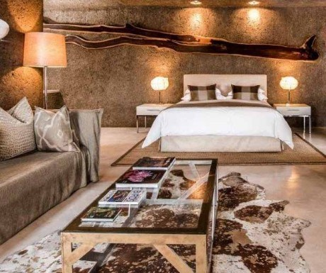 Sabi Sabi Earth Lodge suite living area