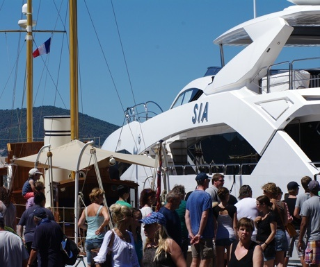 Crowd in St Tropez harbour