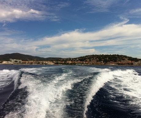 Yacht wake Saint Tropez