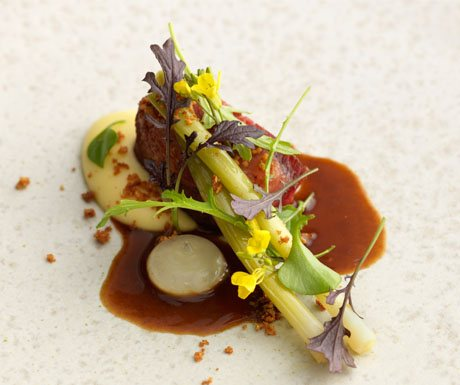 L Enclume Shorthorn beef with leek, horseradish and bone marrow