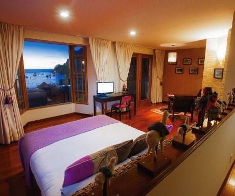 Lake Titicaca -- Rosario 1