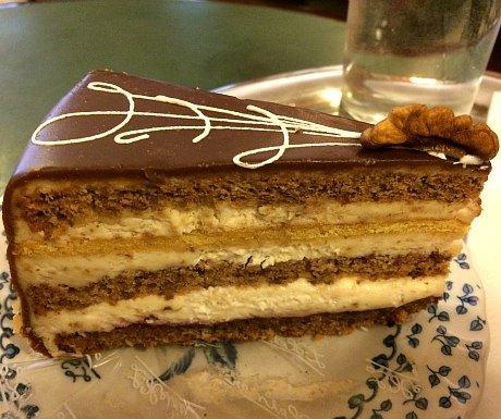 Austrian Cakes: Nusstorte