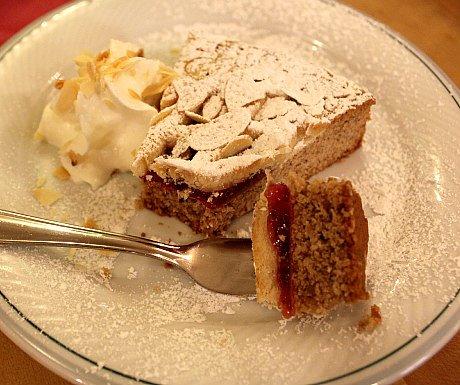 Austrian Cakes: Linzer Torte