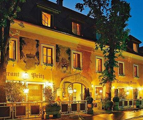 Austrian Danube: Hotel zum Schwarzen Baeren