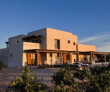 villa-formentera-balearic-islands-spain-pool-traditional-garden-mi-cielo