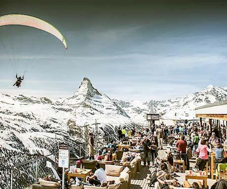 Flyimng in for Zermatt unplugged