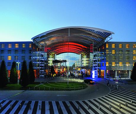 best airport luxury hotels-Hilton Munich Airport