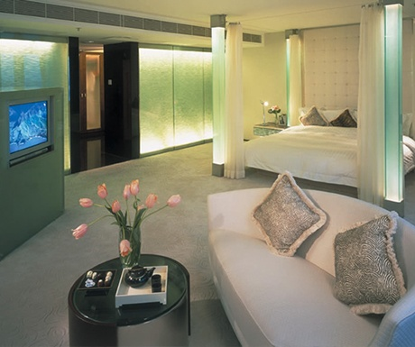 most luxurious airport hotels-presidential-suite Regal Airport Hotel