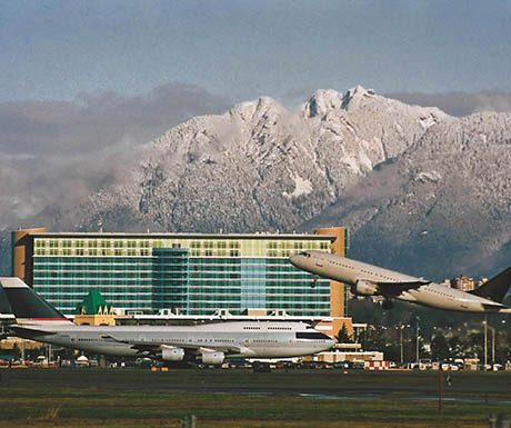 top luxury airport hotels-Fairmont Vancouver Accord Hotels