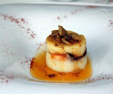 Restaurant Carmen Guillemot Version of Pulpo a la Gallega