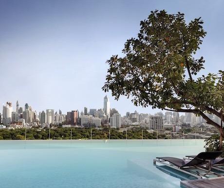 Sofitel-So-Bangkok-Infinity-Pool-02