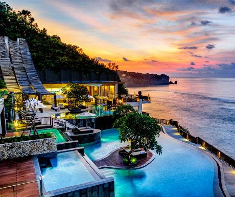 Sunset over Anantara Uluwatu