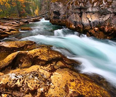 cascades-of-Maligne-Canyon