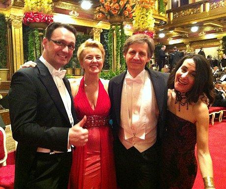 Elegant evenings in Vienna: Ball attendees at Hofburg