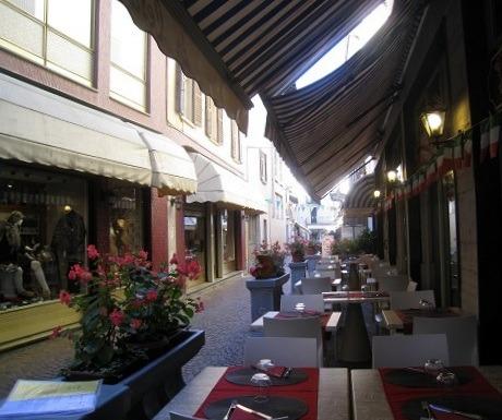 Lake Maggiore, shopping