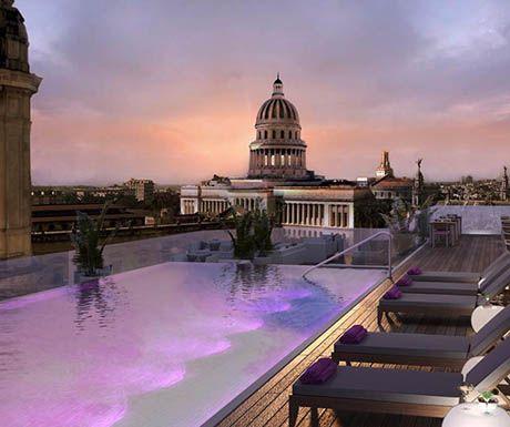 Gran Hotel Kempinksi La Havana pool at night