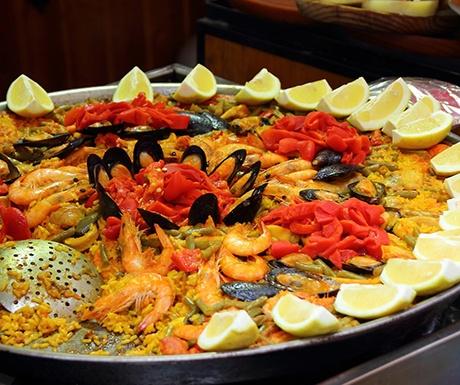 Paella Barcelona TourPal Tour guides