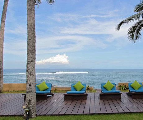 Villa Samudra view of beach