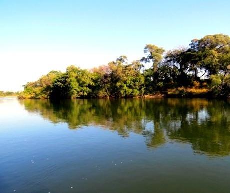 Five  luxury lodges, River Dance, Okavango