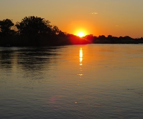 Five luxury lodges, River Dance, sunset
