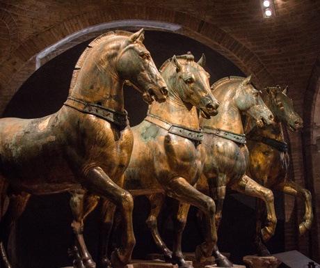 4 horses of saint marks in venice italy