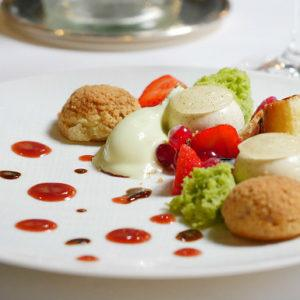 Lunch at Restaurant Le Pressoir, Vannes, Brittany, France