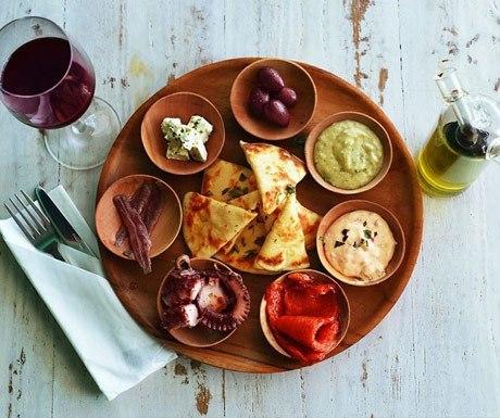 Nostimo Greek Restaurant platter