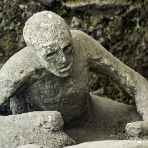 Haunting images that will add Pompeii to your bucket list
