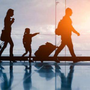 5 top tips for flying with the kids this Christmas