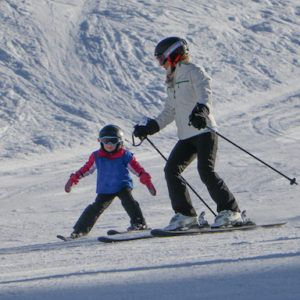 5 top tips for choosing a family ski holiday