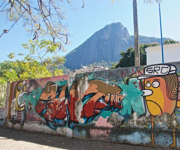 Graffiti walking tour, Rio