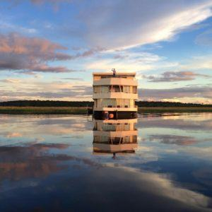 5 things to expect on a Chobe River cruise safari