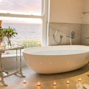 5 luxury escapes near Cape Town