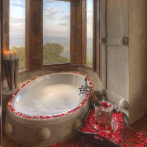 Top 6 romantic luxury properties in Africa