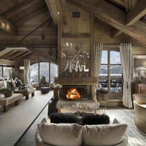 Top 5 reasons to book a luxury ski chalet
