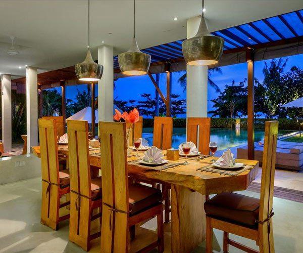 Villa-Shalimar-dining-table