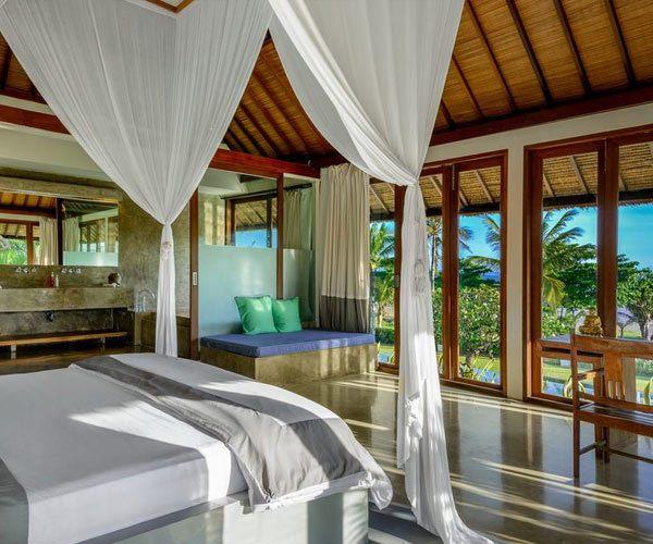 Villa-Shalimar-in-Bali-bedroom