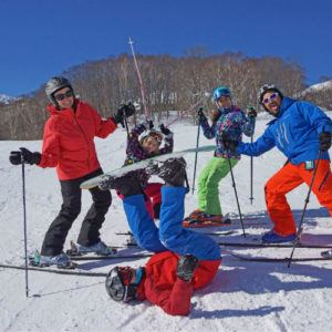 12 tips for stress-free skiing with kids