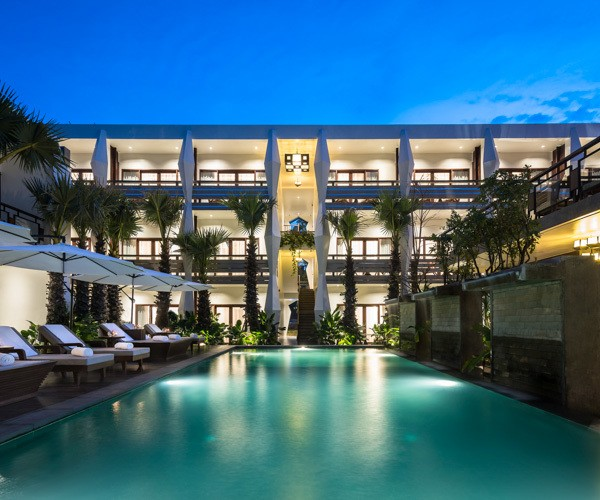 Jaya Siem Reap pool