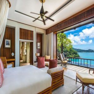 Why are the Seychelles a favorite destination for celebrities?