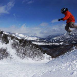 Skiing in Japan: the ultimate guide to Hakuba's top 7 ski resorts