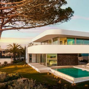 A stunning new villa concept has launched in the western Algarve
