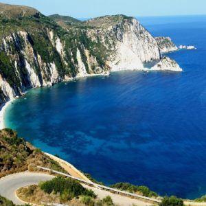 5 fabulous hiking trails to trek in Greece