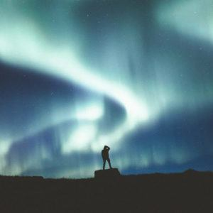 7 top tips for hunting the Northern Lights in Iceland